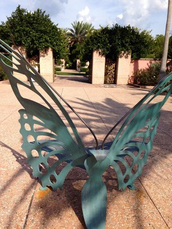 Florida Botanical Gardens : Art