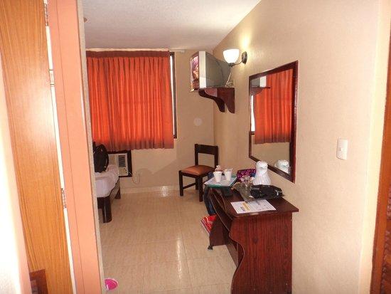 Euro Hotel: habitacion