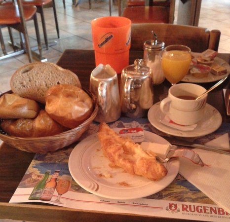 Hotel Bahnhof: Hearty free simple breakfast. cream cheese for the croissant was nice.