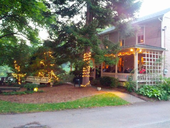 River's Edge Cafe Bed & Breakfast: The main restaurant with outdoor seating