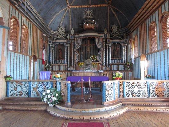 Iglesia de Santa María de Loreto: Santa Maria de Loreto - Altar