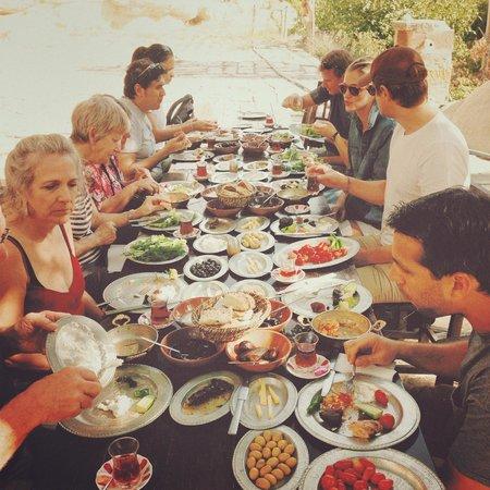 Kelebek Special Cave Hotel : Organic farm breakfast at Kelebek!
