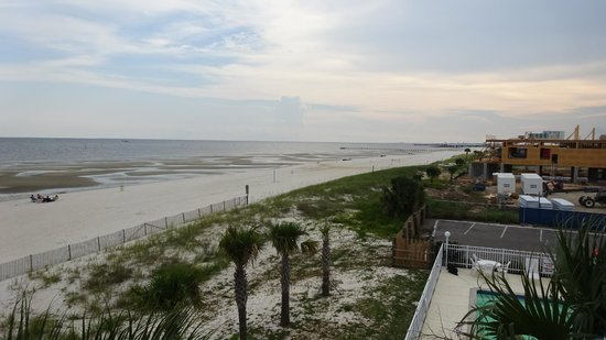 South Beach Biloxi Hotel & Suites: View from the west