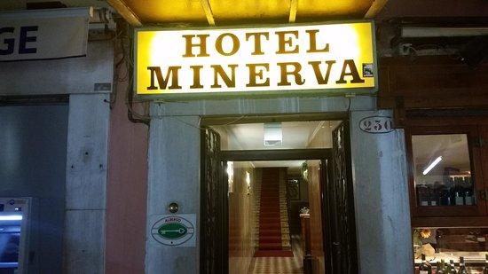 Hotel Minerva & Nettuno : Portaria do hotel