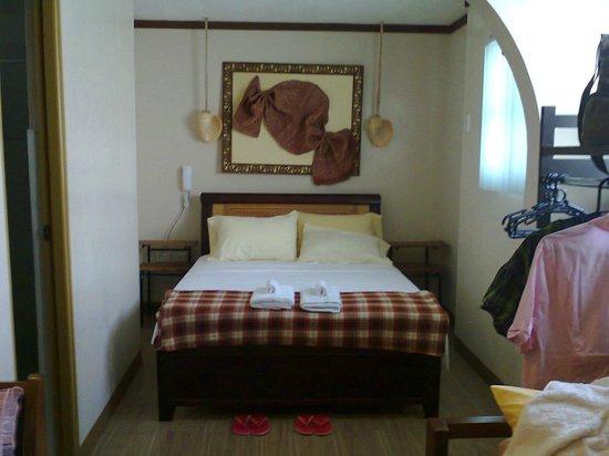Bahay Ni Tuding Inn : family room