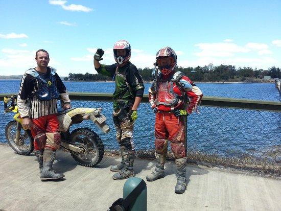 Trail Bike Adventures: Lake Tinaroo, paradise