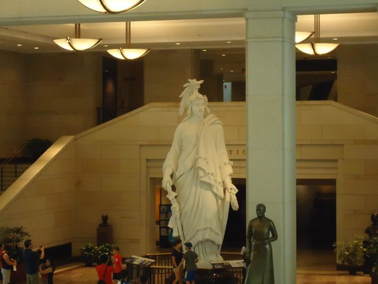 U.S. Capitol Visitor Center : Replica of Statue of Freedom.