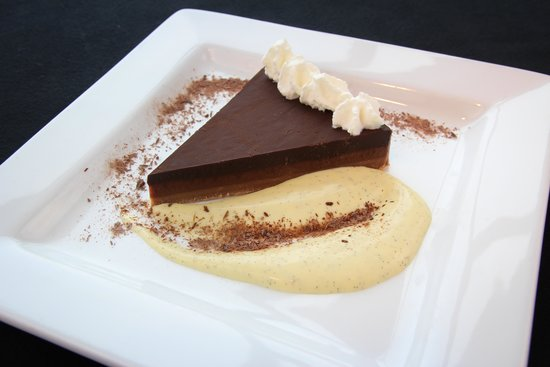 89 Fish & Grill : Our 89 Chocolate Truffle Torte