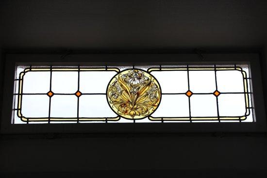 Hotel Laimer Hof: glass window