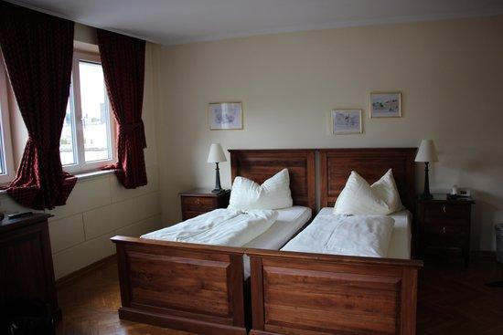 Hotel Mozart : beds!!!!!