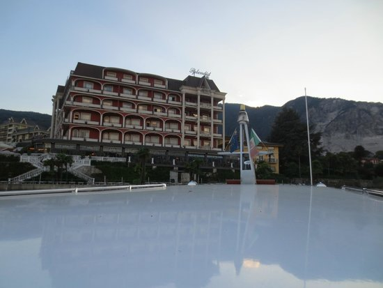 Hotel Splendid: View from the lake