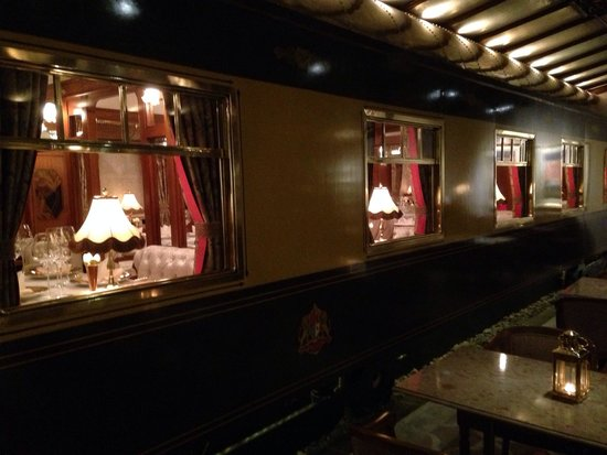 Orient Express: Amazing place! Great food! Superbe
