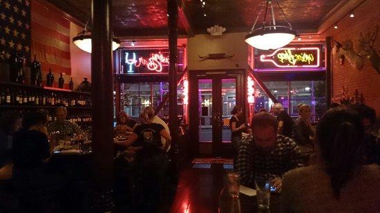 Bounty Hunter Wine Bar & Smokin' BBQ: An evening at the Bounty Hunter.