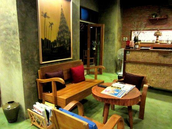 De Wiangkumkam Hotel: Lobby