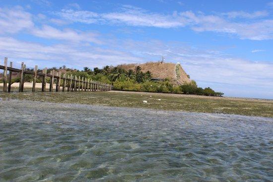 Loloata Island Resort: The island