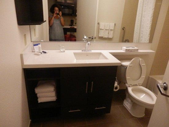 Candlewood Suites Jersey City: Bagno