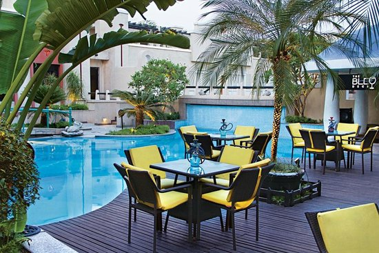 Tivoli Garden Resort Hotel: Blue Deck