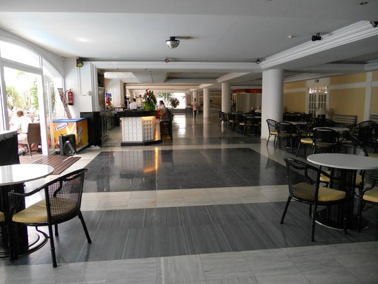 Hotel Augusta Club - Adults Only: tres acceuillant