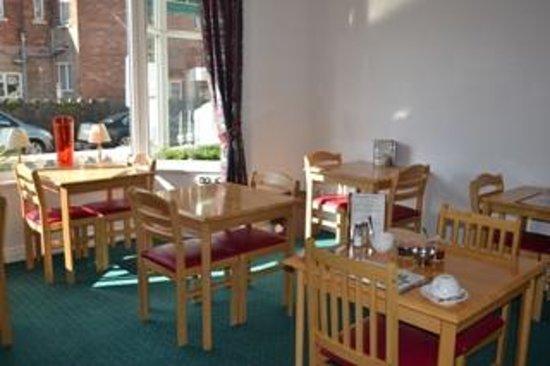 Carrington Guest House: Dining Room 1
