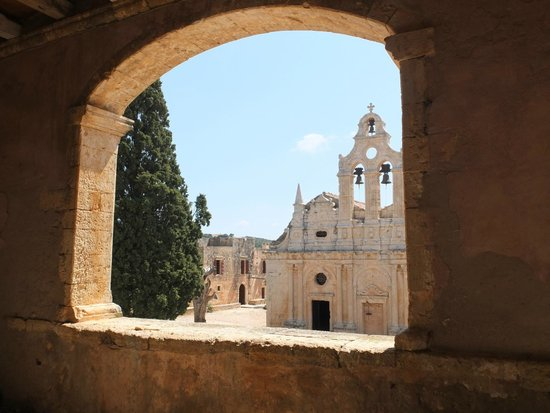 Sacred Monastery of Arkadi : храм