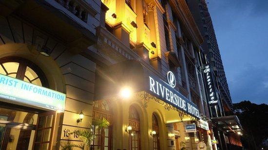 Riverside Hotel Saigon: 荘重な外観