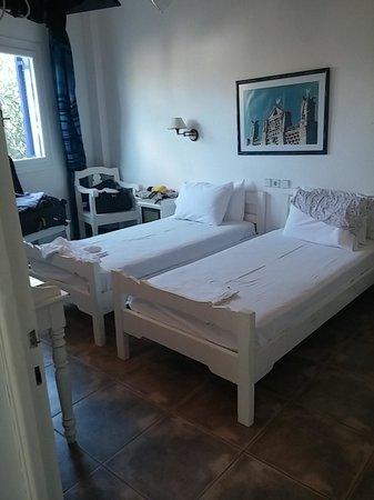 Golden Beach Hotel: Main Bedroom
