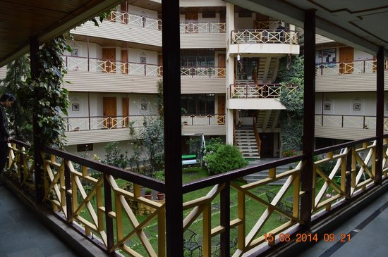 Snow Valley Resorts: Hotel inside View