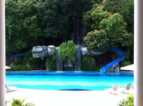 Aseania Resort & Spa Langkawi Island: Only upside for this hotel - the pool