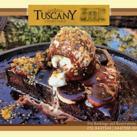 Tuscany Courtyard: Hot Fudge Skillet Brownie!