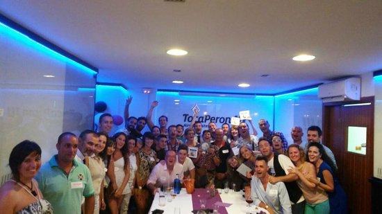 Restaurant Toca Peron: todos los asistetes al evento...