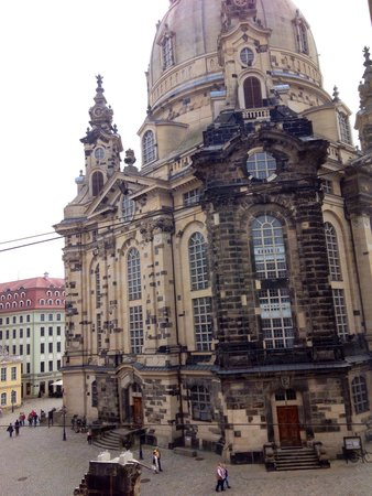 Hilton Dresden Hotel : Blick aus dem Zimmer 3035