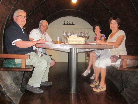 Iretza Restaurant- Cider House : A table