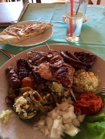 Restaurant Kulluk: The mixed grill - took me while to get through it... lots there and all tasty (though I avoided