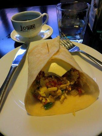 Joma Bakery Cafe : Breakfast burrito
