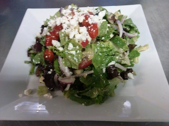 North Adams, MA: Fresh Salads