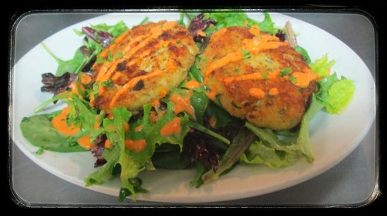 North Adams, MA: Crab Cakes