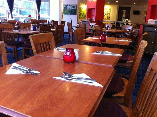 Britannia Airport Hotel : The dining room