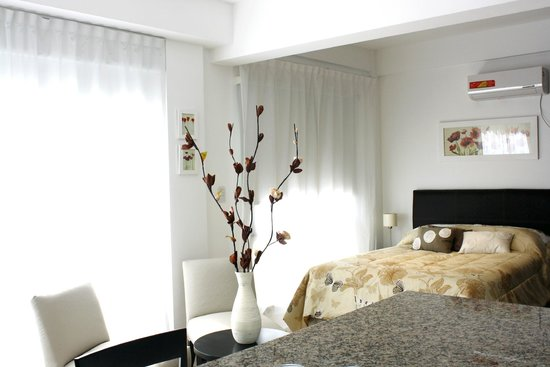 Arenales 2850: Apartment