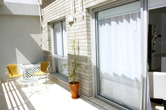 Arenales 2850: Terrace