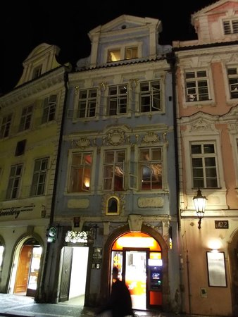 Charles Bridge Economic Hostel: 9