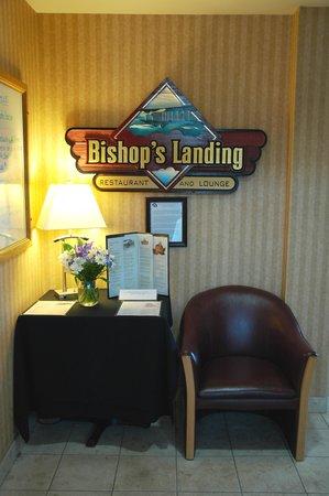 Bishop's Landing Restaurant and Lounge: Front entrance
