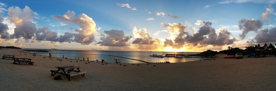 Zanpa Beach: Quiet and relaxing