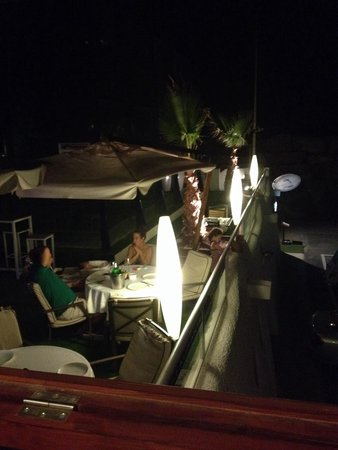 Botavara san jose almeria : Terraza exterior