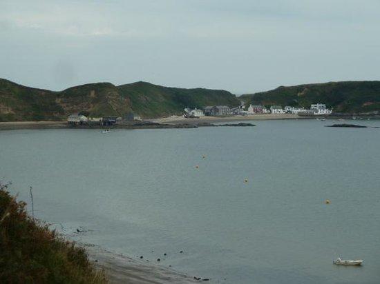 Llyn Coastal Path: Porthdinllaen Village