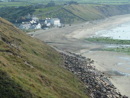 Llyn Coastal Path: Aberdaron Village.
