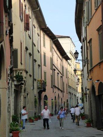 Home Sweet Home: Bergamo street