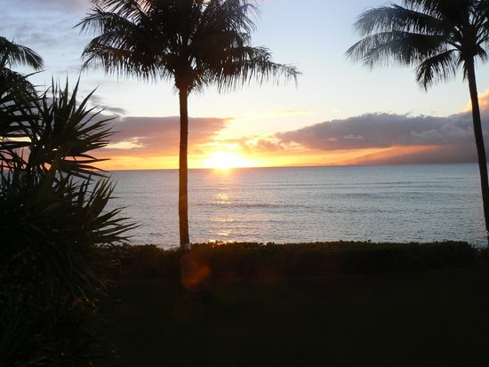 Valley Isle Resort: View of sunset from our lanai