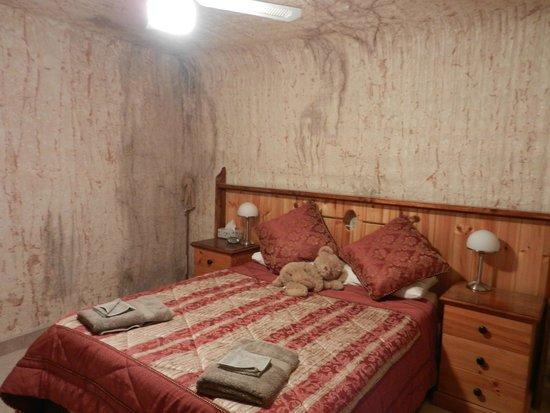 Down to Erth B &B : Master Bedroom