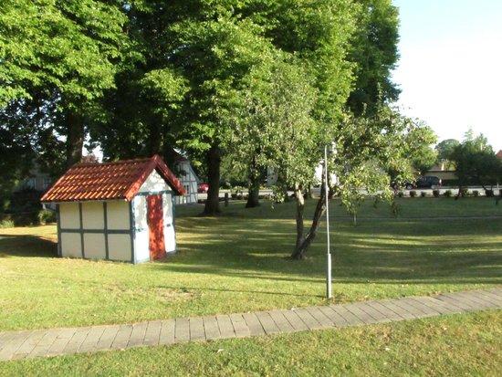 Best Western Hotel Knudsens Gaard: giardino hotel