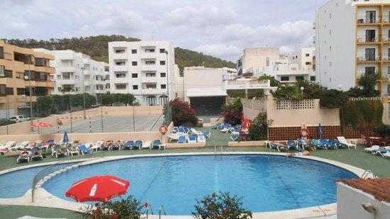 Marian Apartments : Balcony/room View